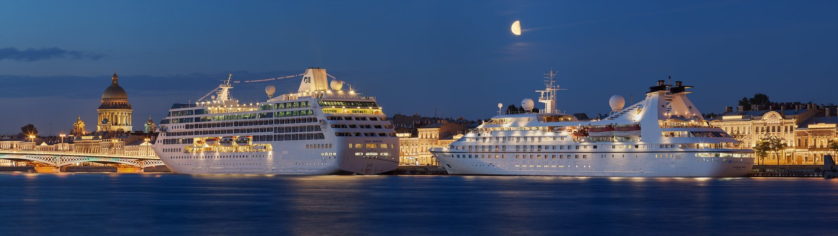 санкт-петербург, нева, белые ночи, пароход, луна, исаакиевский собор, английская набережная, благовещенский мост, Alex Darkside