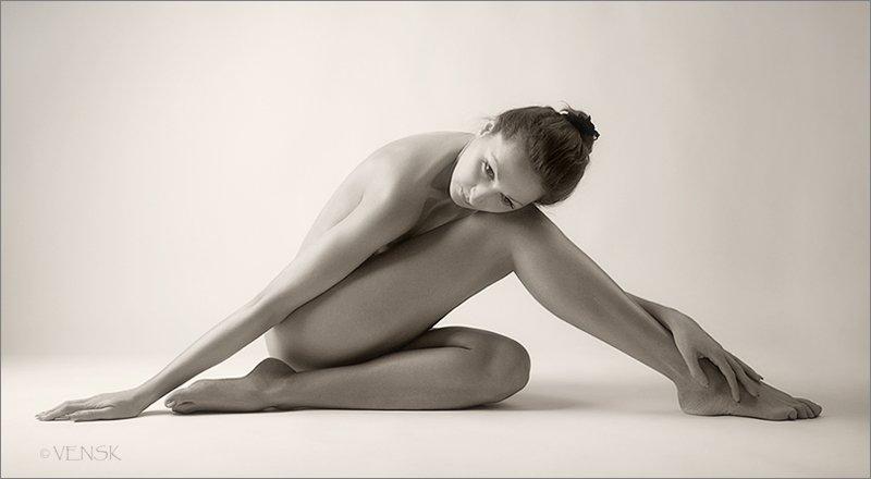 девушка, студия, ч/б, геометрия тела, 3Solnca