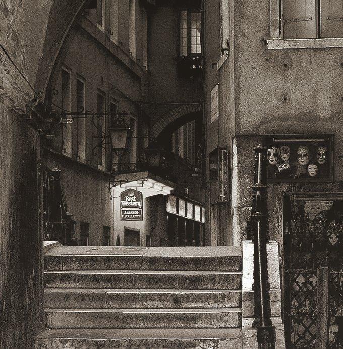 венеция, маски, окна, gavroche