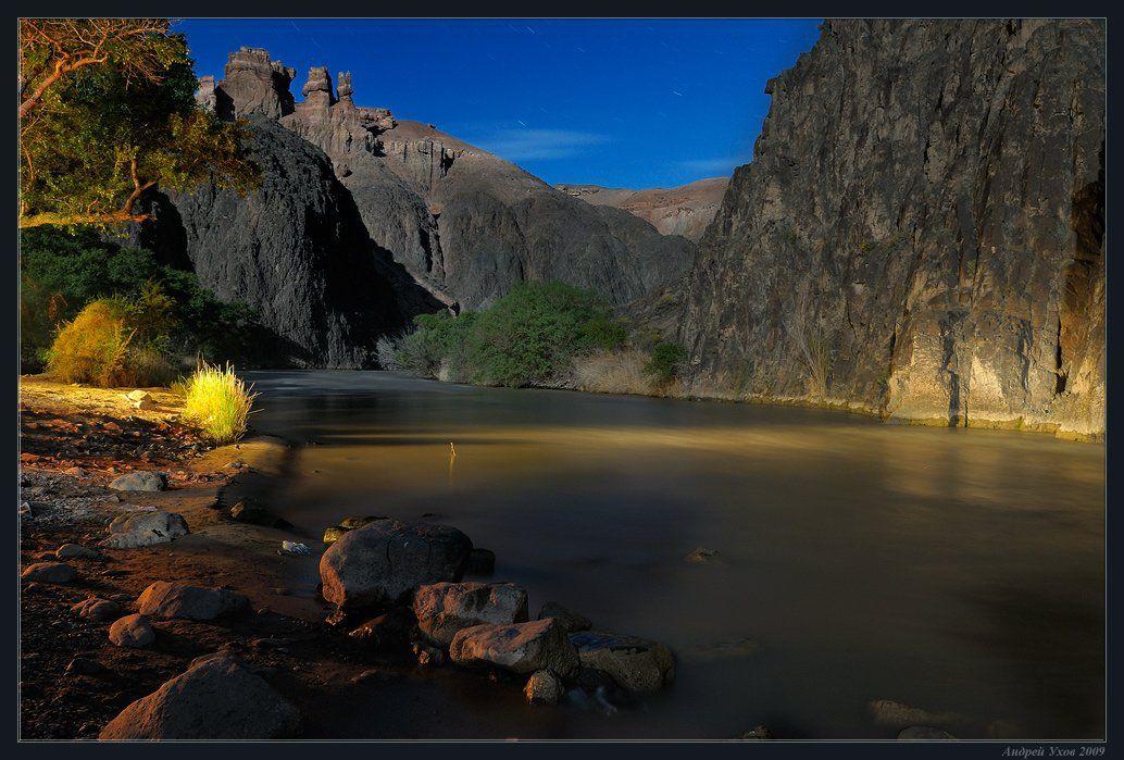 природа,скалы,река,каньон,ночь,полнолуние,камни,течение,берег,заросли, Андрей Ухов