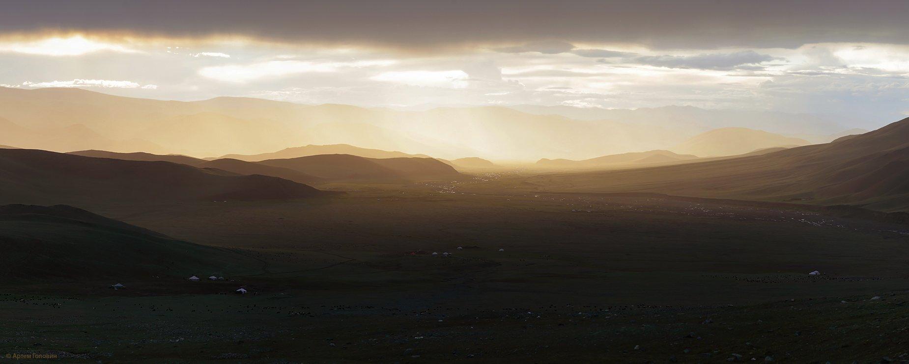закат монголия, Артем Головин