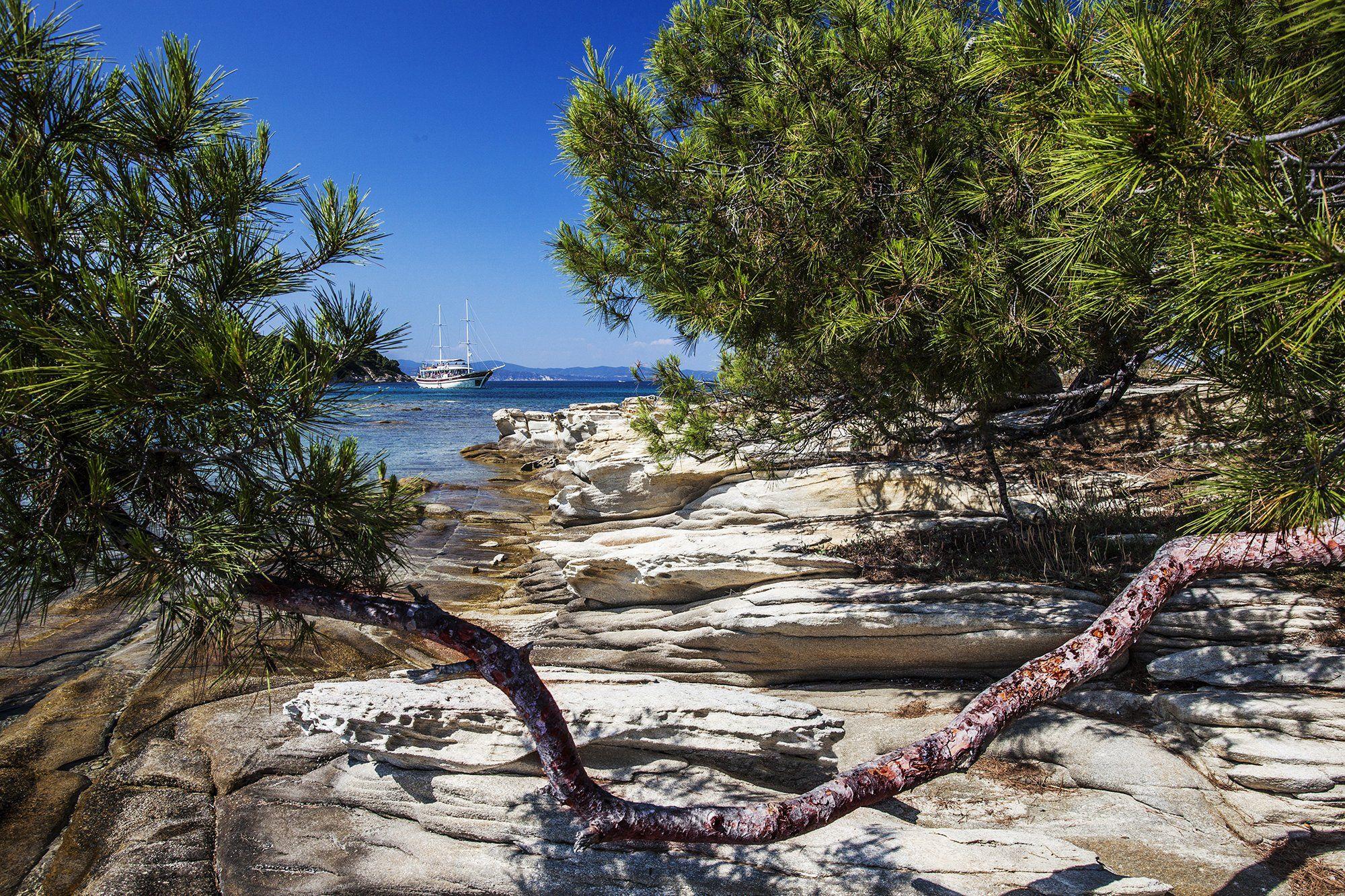 Greece, Halkidiki, Sithonia, blue-green sea, blue sky, white ship rocks., Borislav Tolev