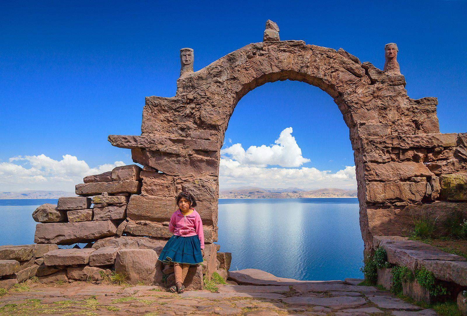 Перу, Титикака, озеро, арка, девочка, остров Такиле, Бирюков Юрий