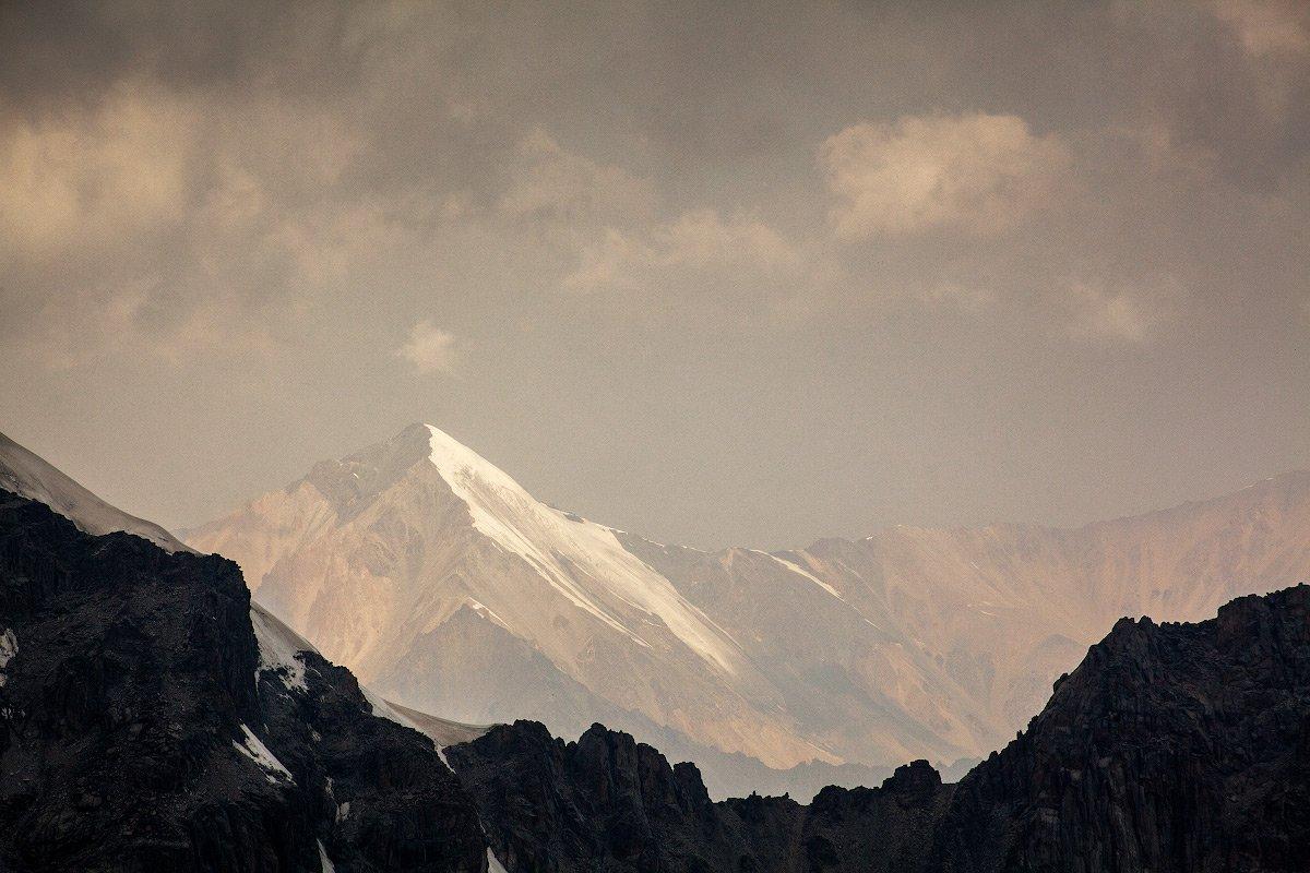 Тянь-Шань, Ала-Арча, Киргизия, Киргизстан, горы, пик, вершина, небо, Иван Куликов