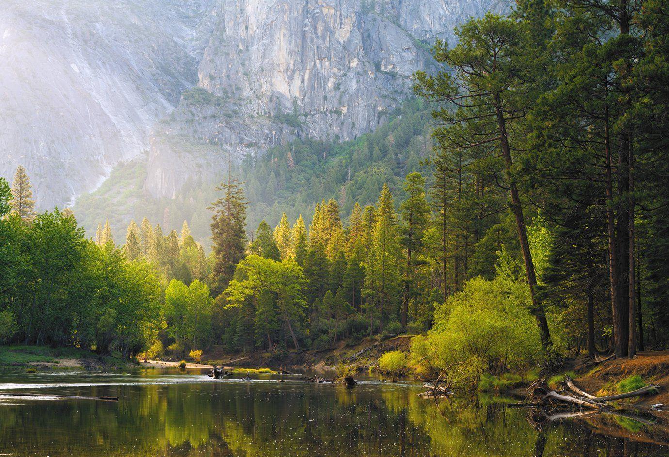 Merced River, Yosemite , Alexander Ravin (www.worldwidephoto.ru)
