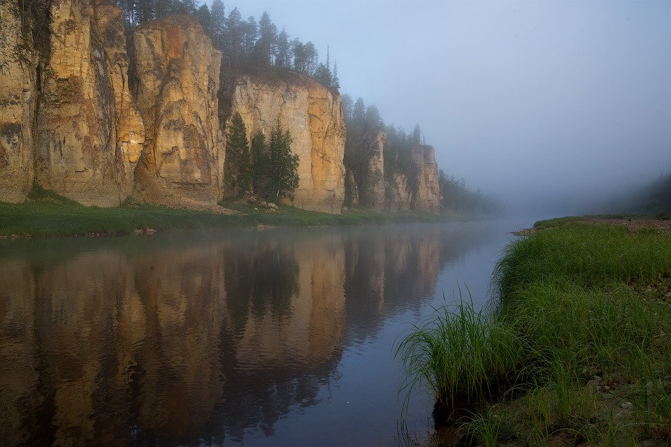 Река, Река Синяя, Синские столбы, Скалы, Туман, Утро, Якутия, Алексей Харитонов