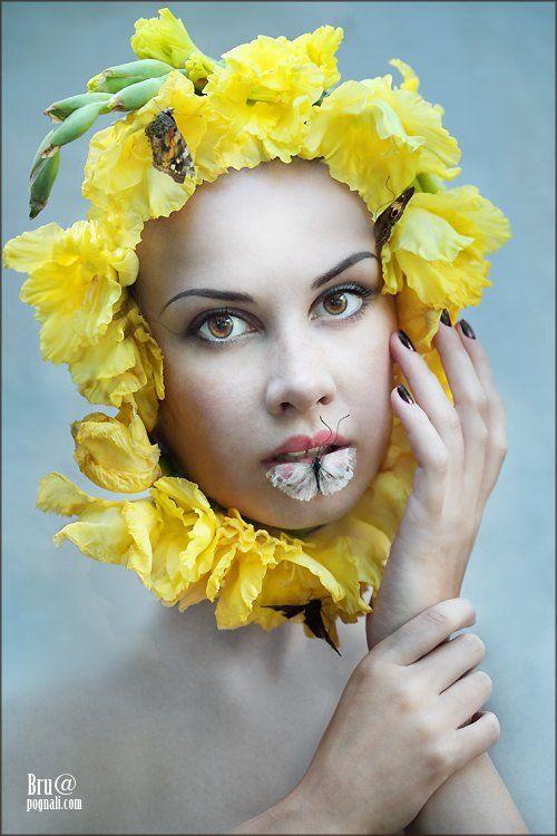 девушка, лето, цветы, бабочки, Брушша