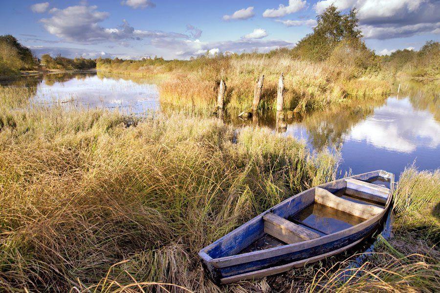 лодка,облака,небо,вода,осень, Евгений Пугачев.