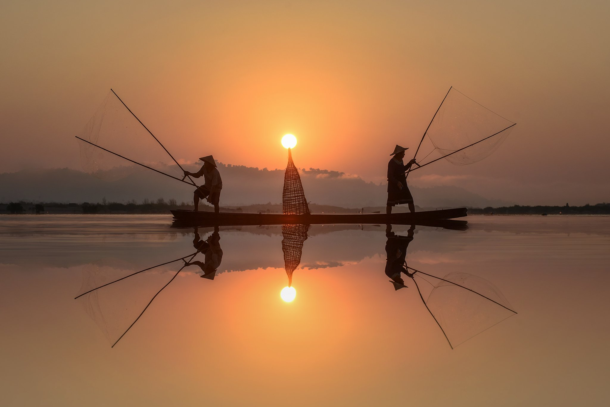 fisherman,fish,asia,asian,light,nets,, Saravut Whanset