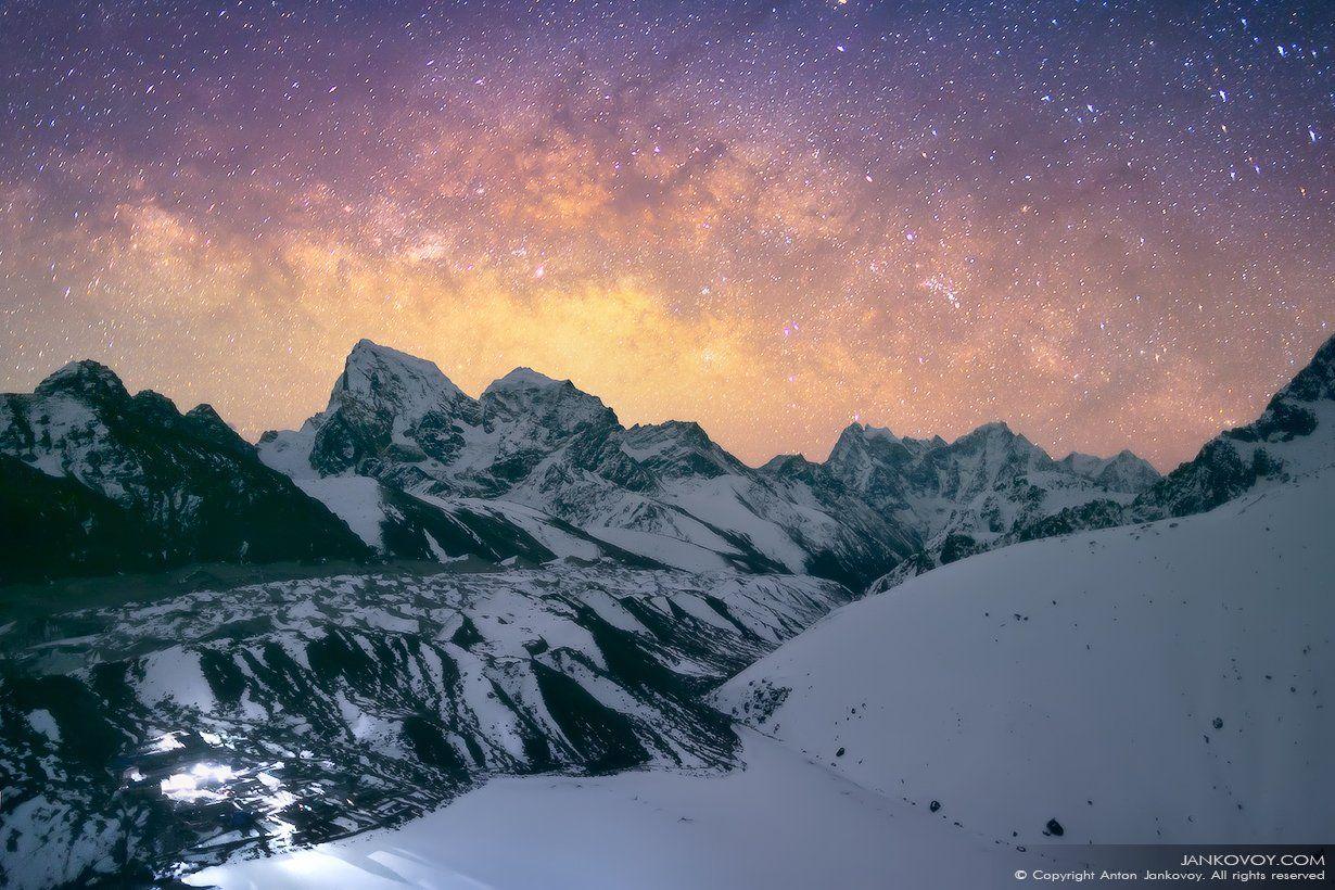 Непал, Гималаи, Эверест, Сагарматха, Гокио, горы, пик, ночь, небо, звезды, снег, пейзаж, Млечный Путь, Галактика,, Антон Янковой (www.photo-travel.com)