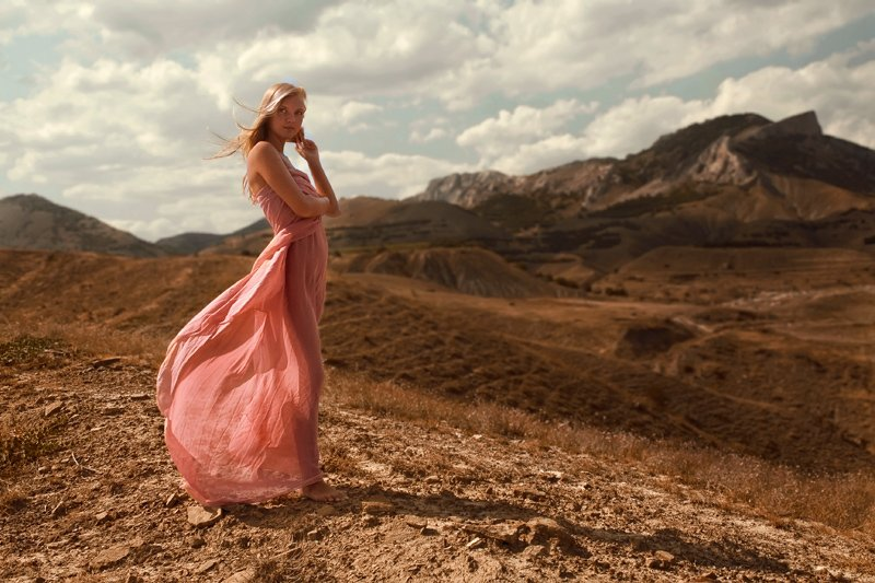 летою горы, отдых, девушка, ветер, ткань, Denis Kartavenko