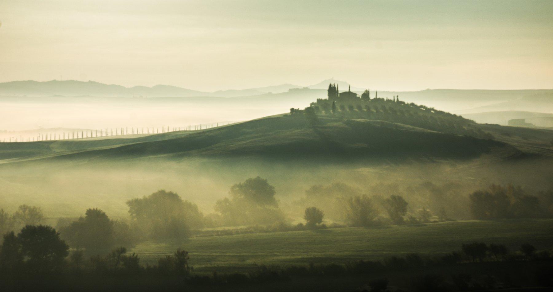 Tuscanynaturemorningfoglandscape, Ашот Григорян