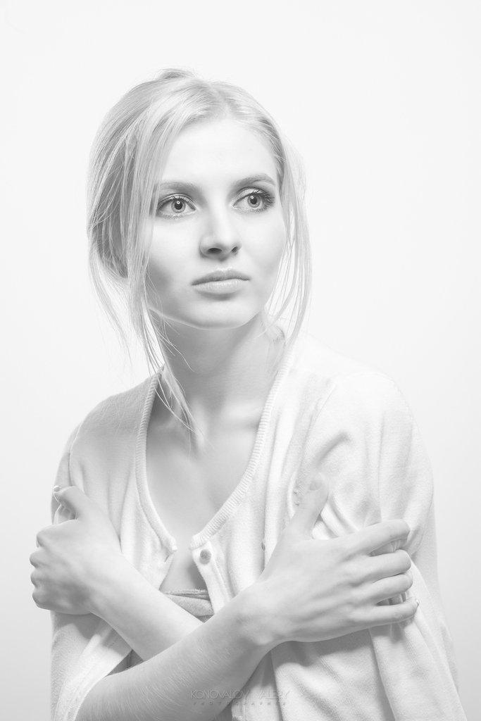 Красивая девушка, Свет, Валерий