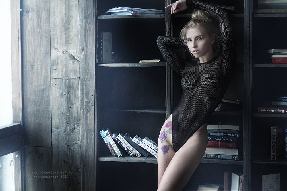 , Ника Мельн