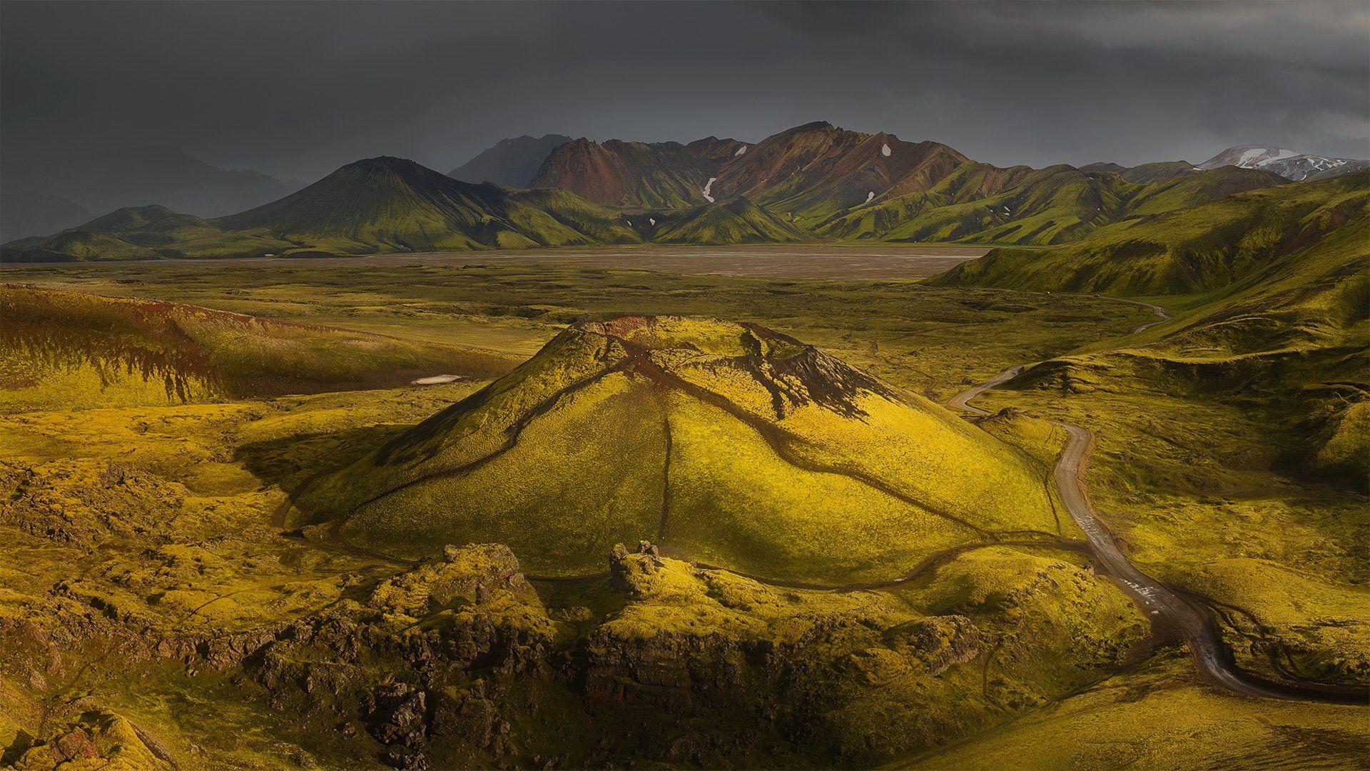 Исландия, Дмитрий Титов
