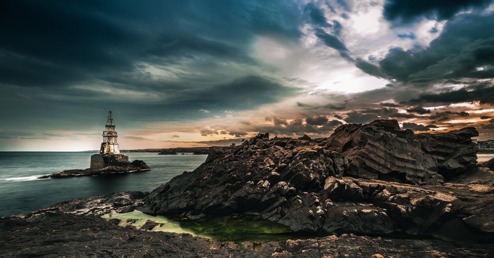 clouds, sunset, dark, lighthouse, rocks, light, seascape, Jeni Madjarova