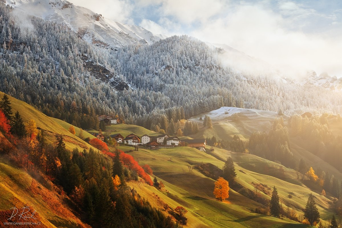 Alpen, Alps, Dolomiten, Dolomites, Dolomiti, Italia, Italien, Italy, Alta Badia, La Valle, Wengen,  South Tyrol, Tyrol, europe, villages, houses, meadow, alpine meadow, autumn, autumn colors, winter colors, autumn landscape, daniel rericha, fog, mist, mor, Daniel Rericha