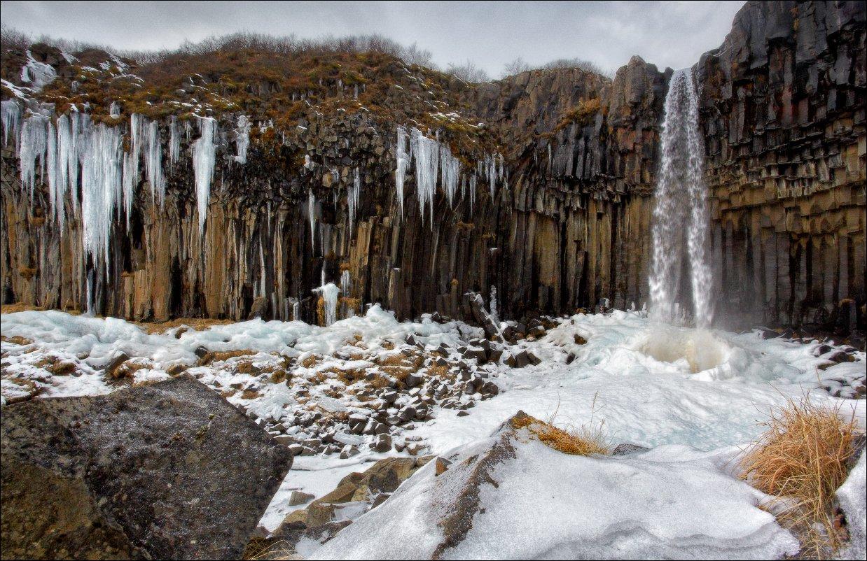 Исландия Iceland Svartifoss водопад зима снег лед базальт колонны, Vadim Nikiforov