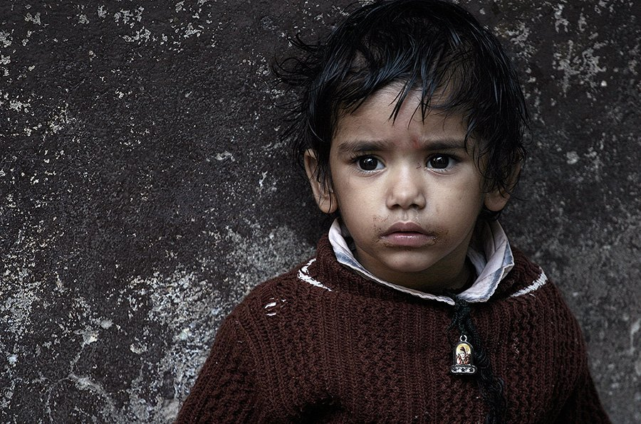 portrait, child, india, varanasi, street portrait, oren s, oren s