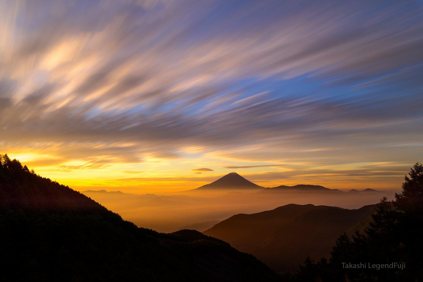 Fuji,Japan,mountain,cloud,morning,glow,red,orange,sky,beautiful,sunshine,sunrise,, Takashi