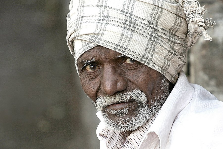 india, man, mumbai, people, portrait, street portrait, oren s, Oren S.