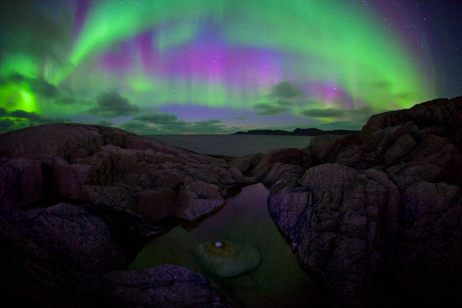 полярное сияние териберка баренцево море ледовитый океан прибой камни пляж, Никифоров Егор