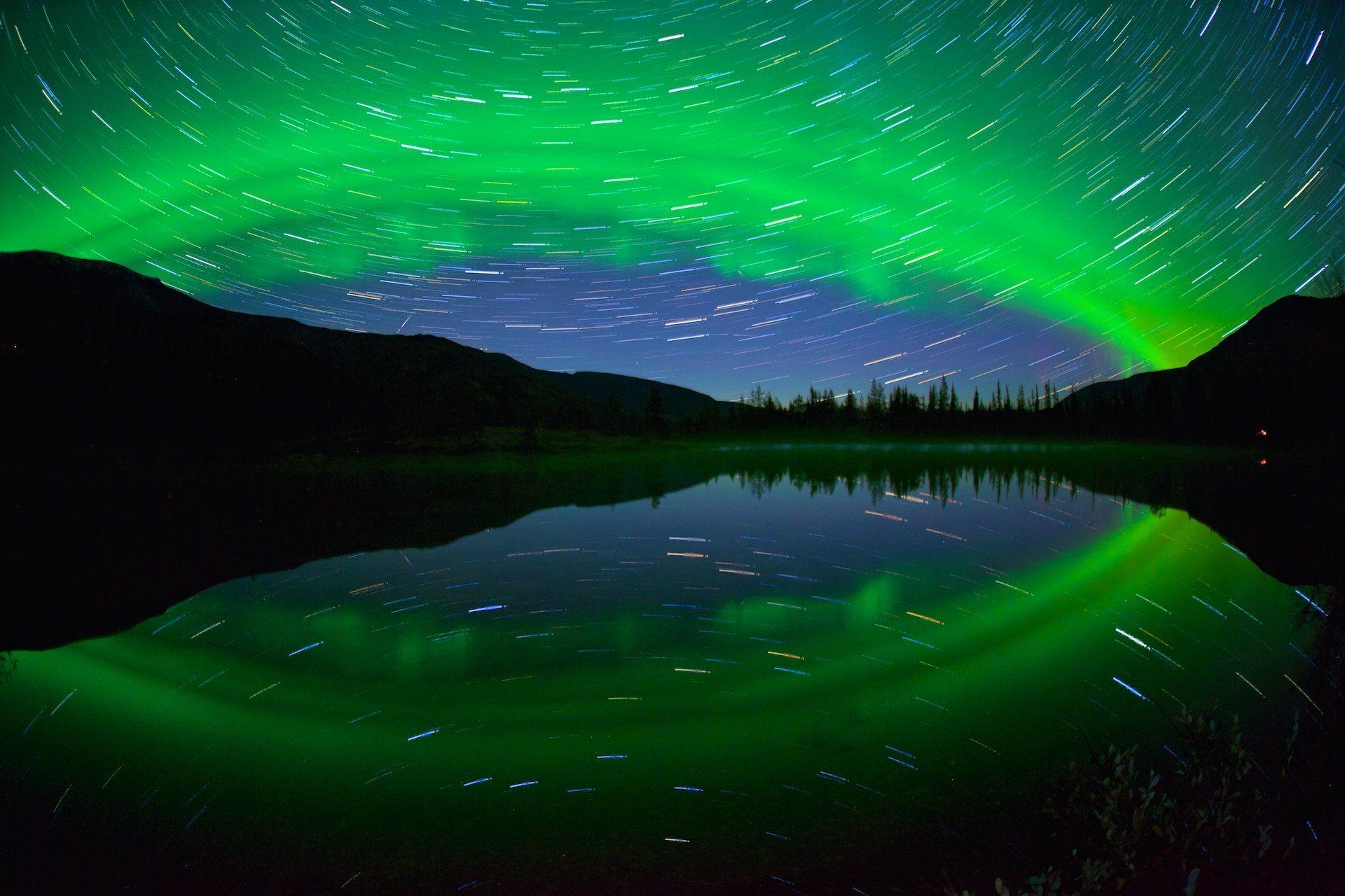 полярное сияние хибины ночь осень треки звезд озеро отражение, Никифоров Егор