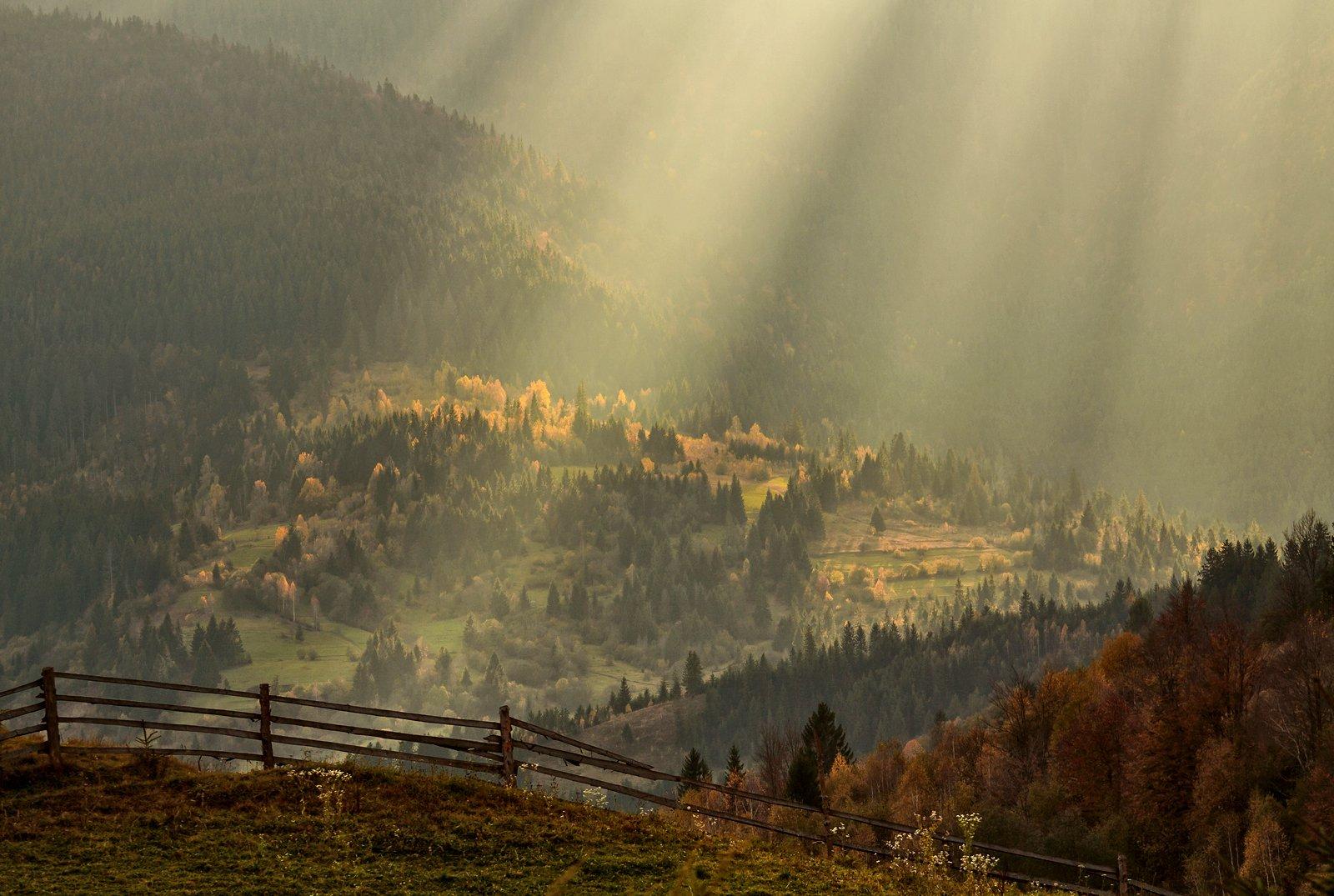карпаты, горы, осень, солнце, луч, Михаил Глаголев