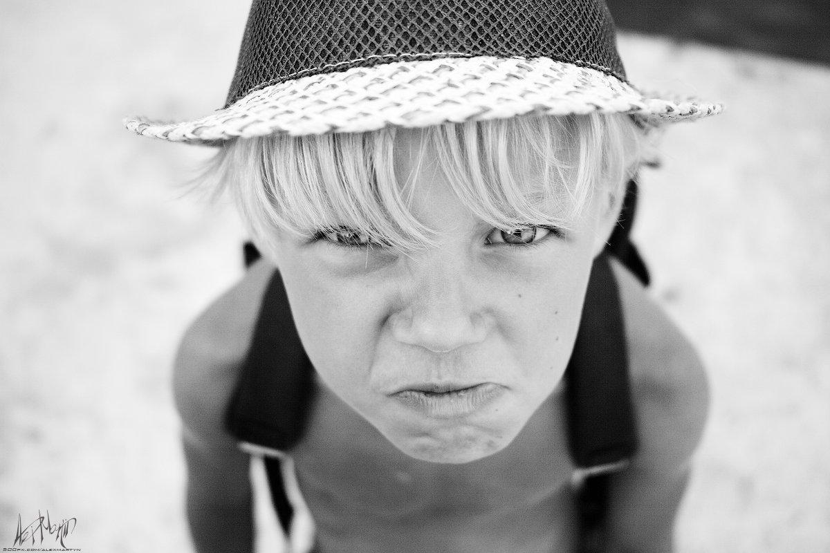 мальчик мальчуган пацанчик провокатор лето море, Александр Мартынов