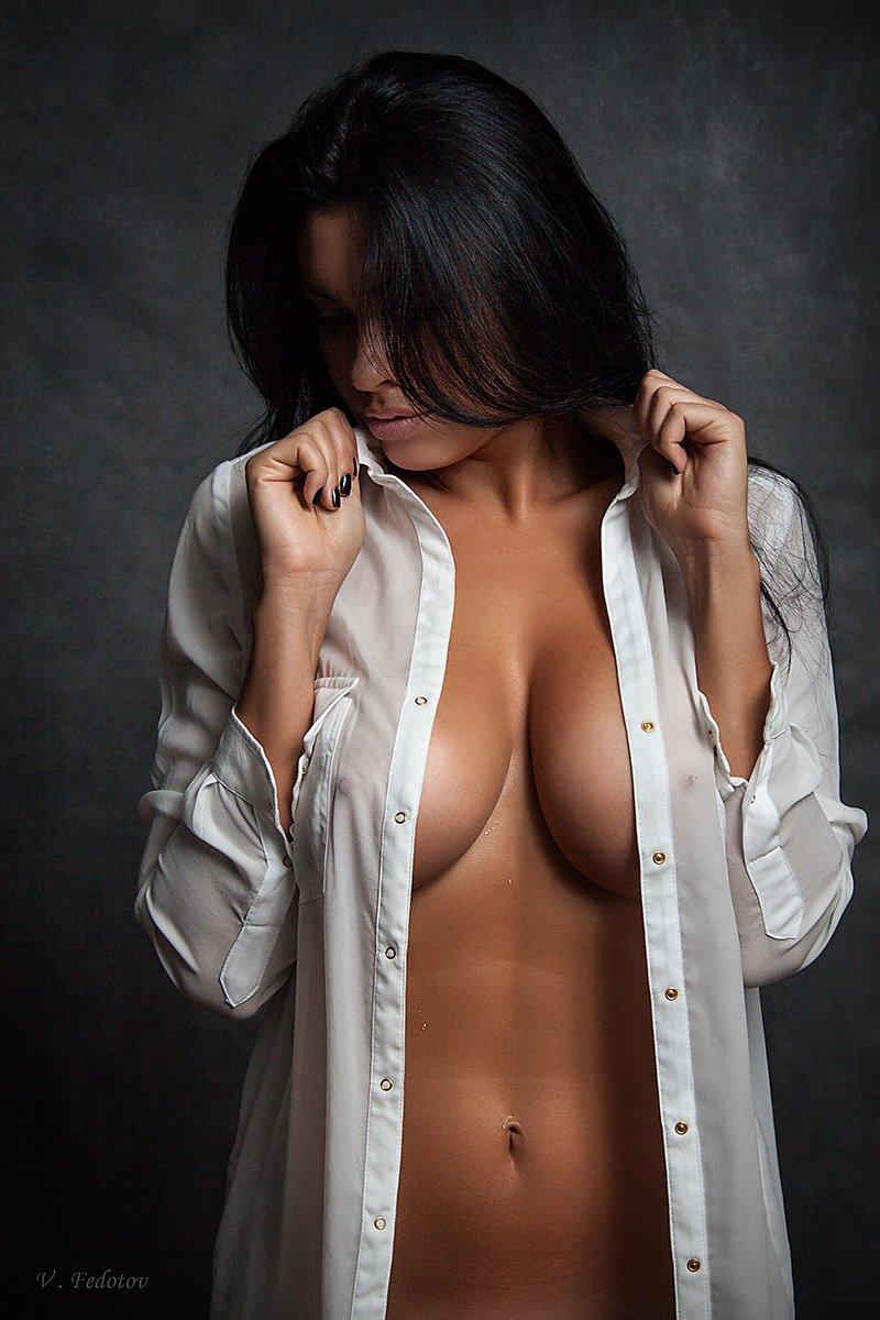 студия , ню , белая рубашка , девушка ., Федотов Вадим(Vadius)