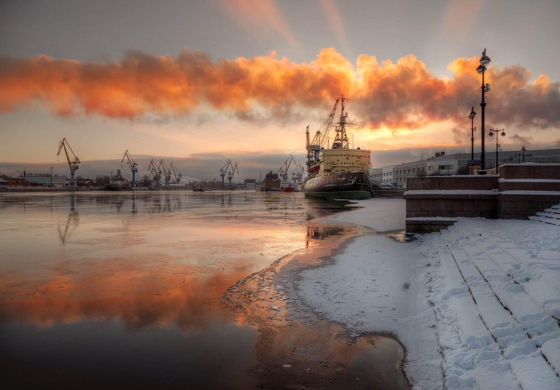 санкт-петербург, Александр Атоян