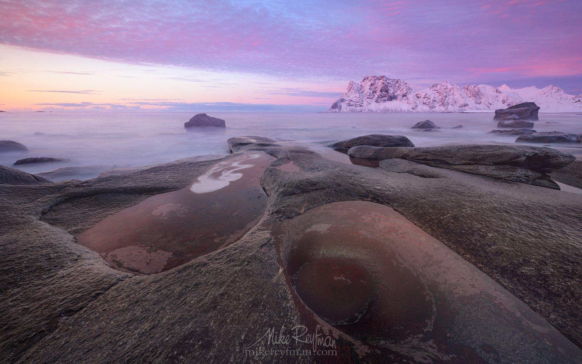 arctic avocado, winter sunset, uttakleiv beach, uttakleiv eye, lofoten, norway., Майк Рейфман