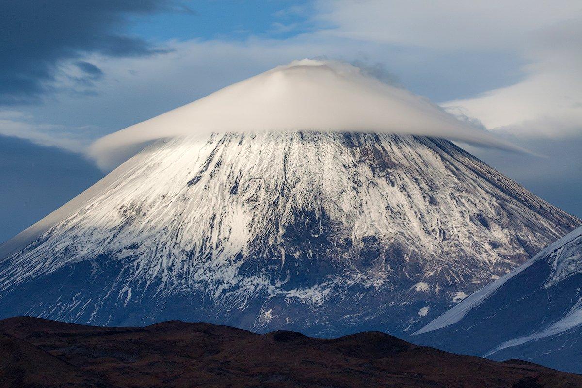 камчатка, вулкан, облако, осень, природа, пейзаж, путешествие, фототур, , Денис Будьков