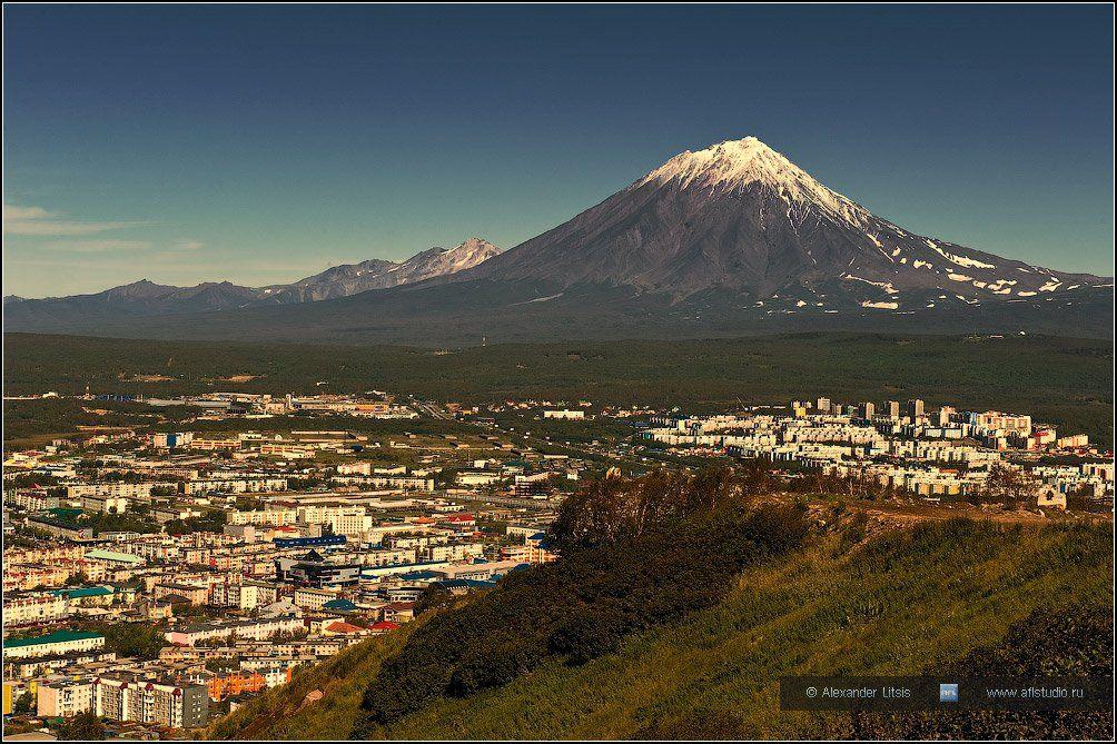 Камчатка, вулкан, город, горы, Александр Лицис
