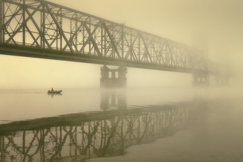 город, архангельск, осень, утро, туман, мост, лодка, Вера Ра