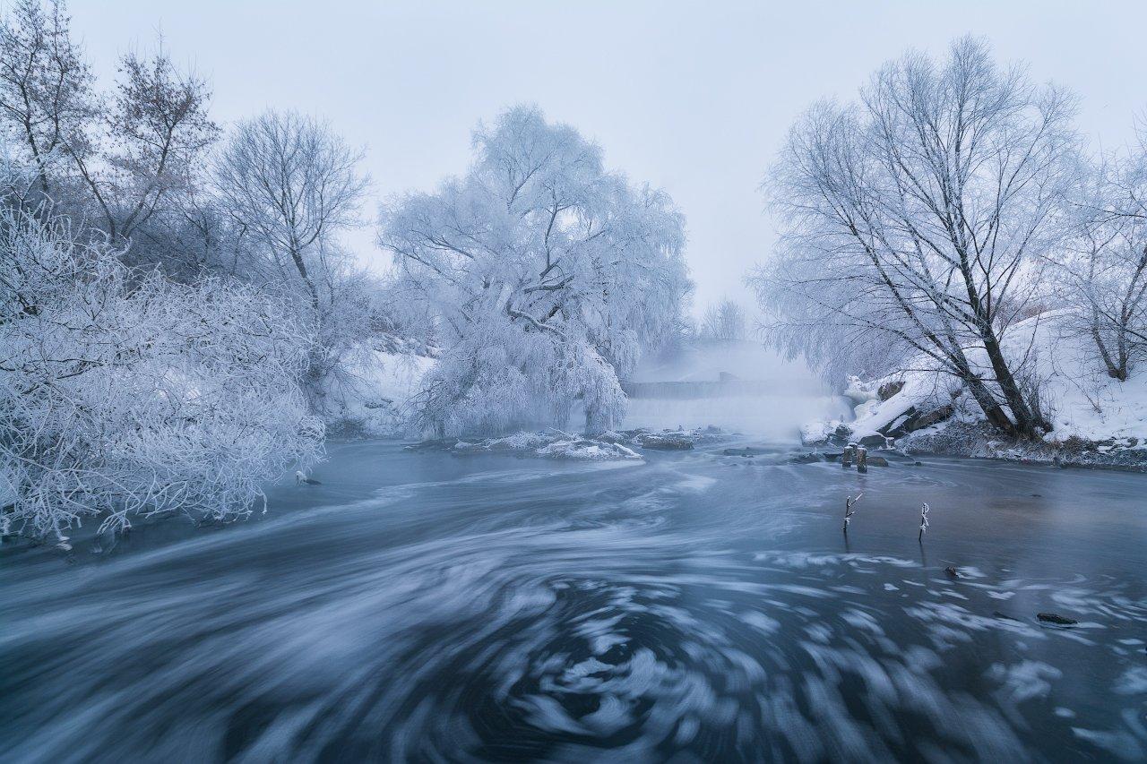 утро, рассвет, туман, пейзаж, пейзажное фото, россия, средняя полоса, иней, водоворот, река, пасмурное утро, листвянка, Жмак Евгений