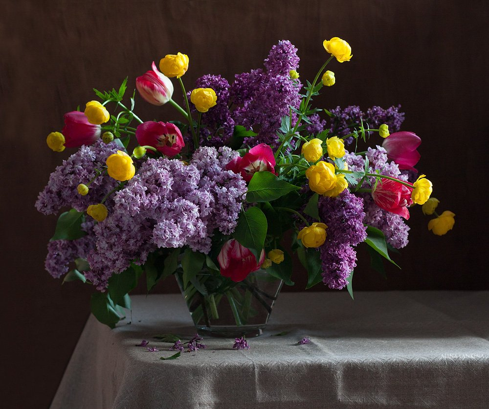 натюрморт, цветы, сирень, тюльпаны, букет, весна, still life, алина ланкина, Алина Ланкина