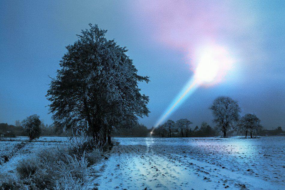 wake,they,fields,winter,rainbow,light,, Emerald Wake ©