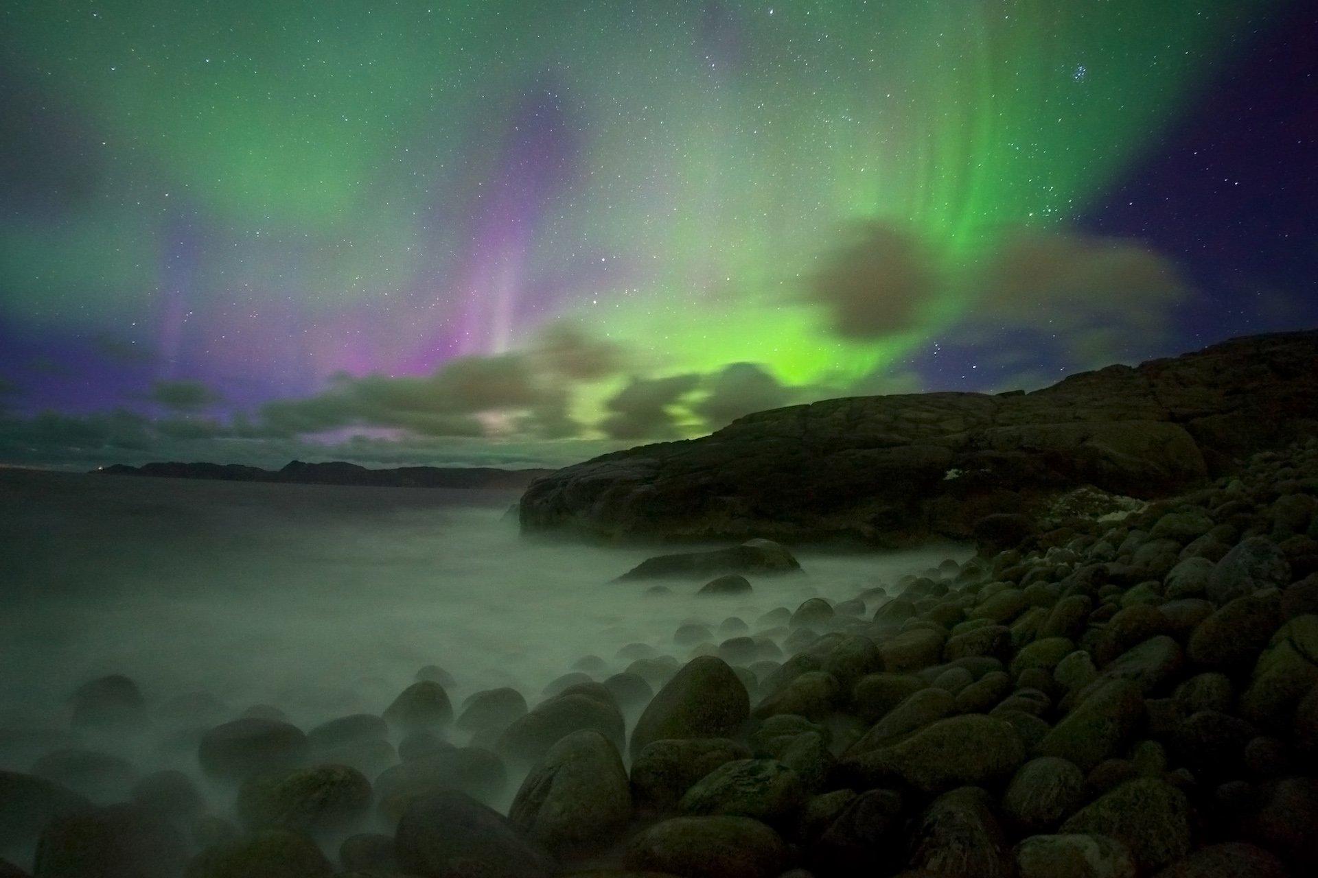 полярное сияние, ночь, Териберка, Баренцево море, пляж, валуны, Никифоров Егор