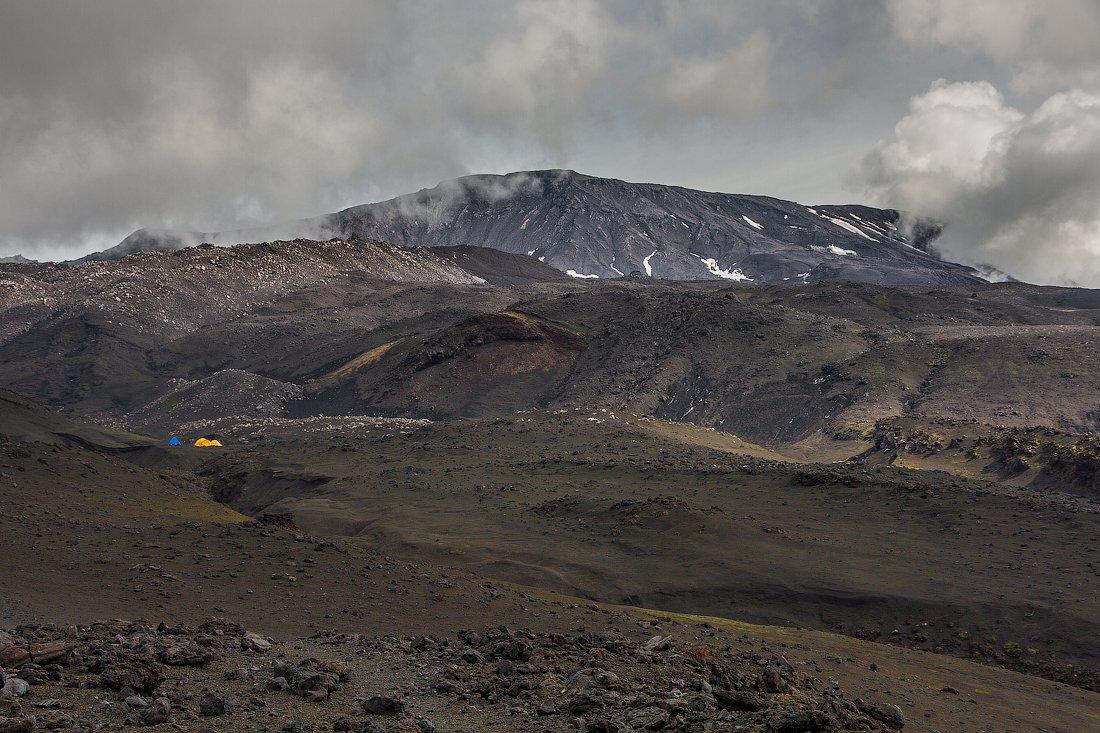 камчатка, Толбачик, марсианский пейзаж, палатки,, Слащилина Нина
