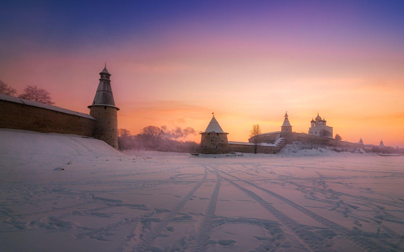 Кром, утро, зима, рассвет, утро, облака, снег, лёд, небо, Cтанислав Малых