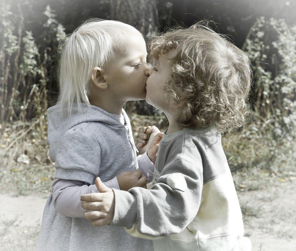 дети, поцелуй, марк, стефания, Макс Шамота