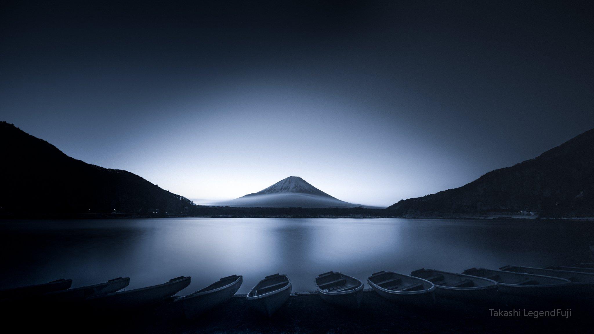 fuji,mountain,japan,lake,water,boat,sunshine,sunrise,morning,amazing,landscape,wonderful,beautiful,, Takashi