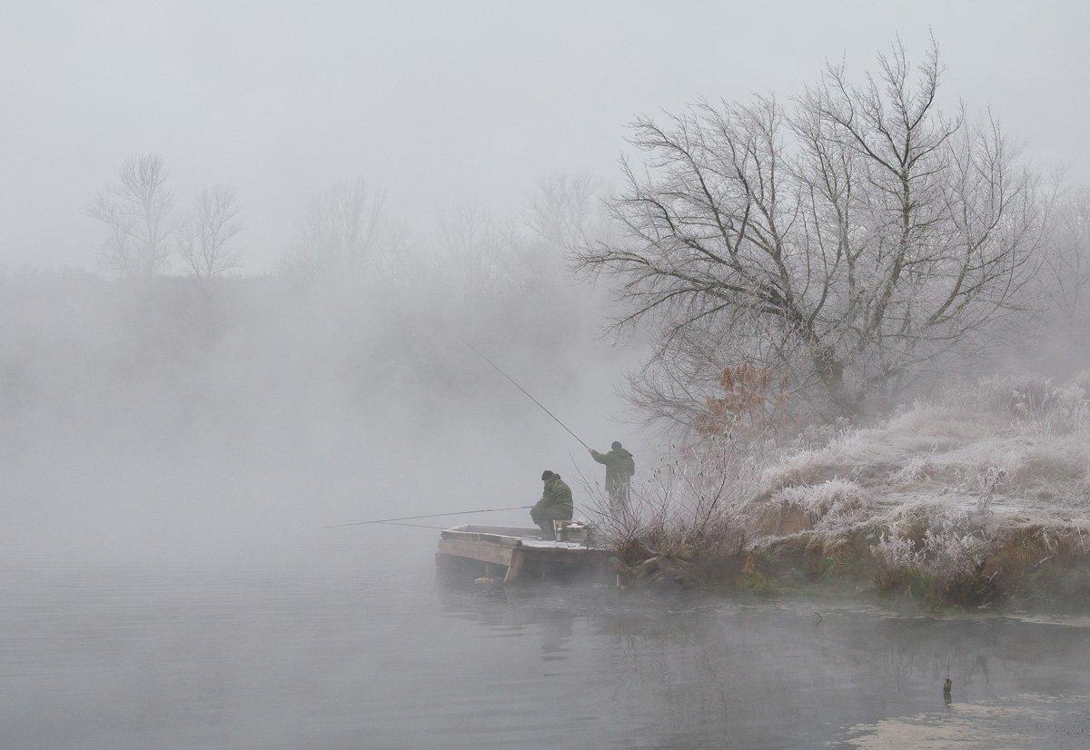 зима холод мороз снег иней озеро горячка рыбаки, Михаил Агеев