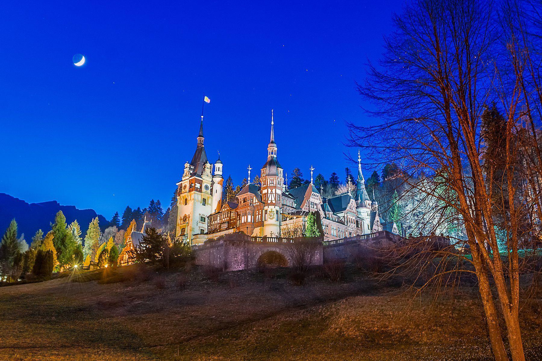 sinaia, peles castle, romania., Виктор