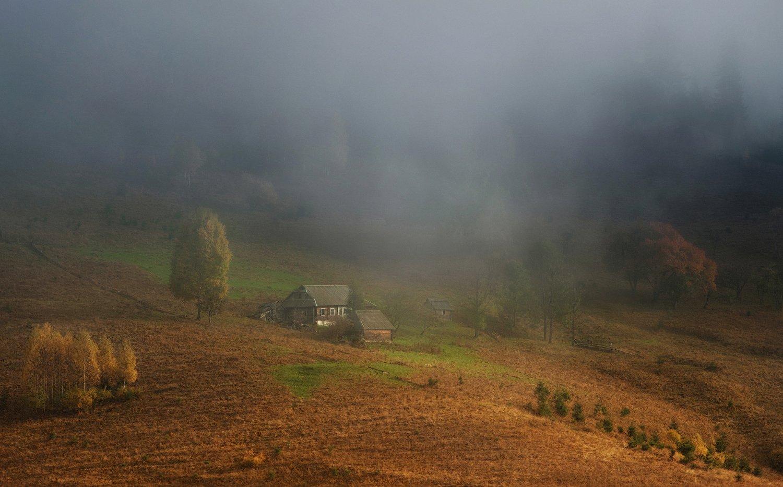 горы, осень, домики, туман,, Вьюшкин Игорь