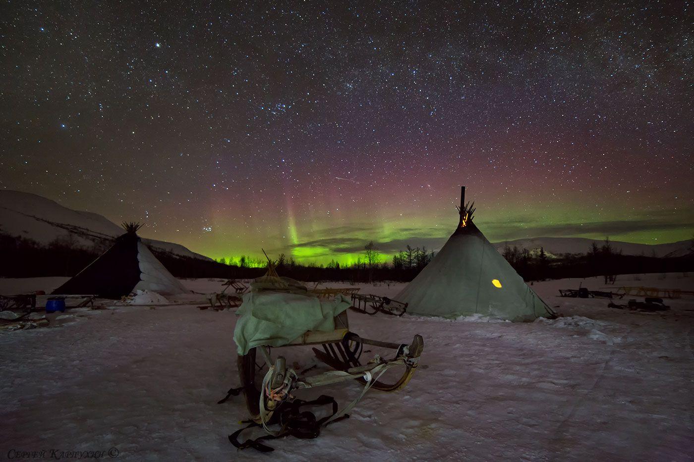полярный урал, река собь, чумы, стойбище, северное сияние, Сергей Карпухин