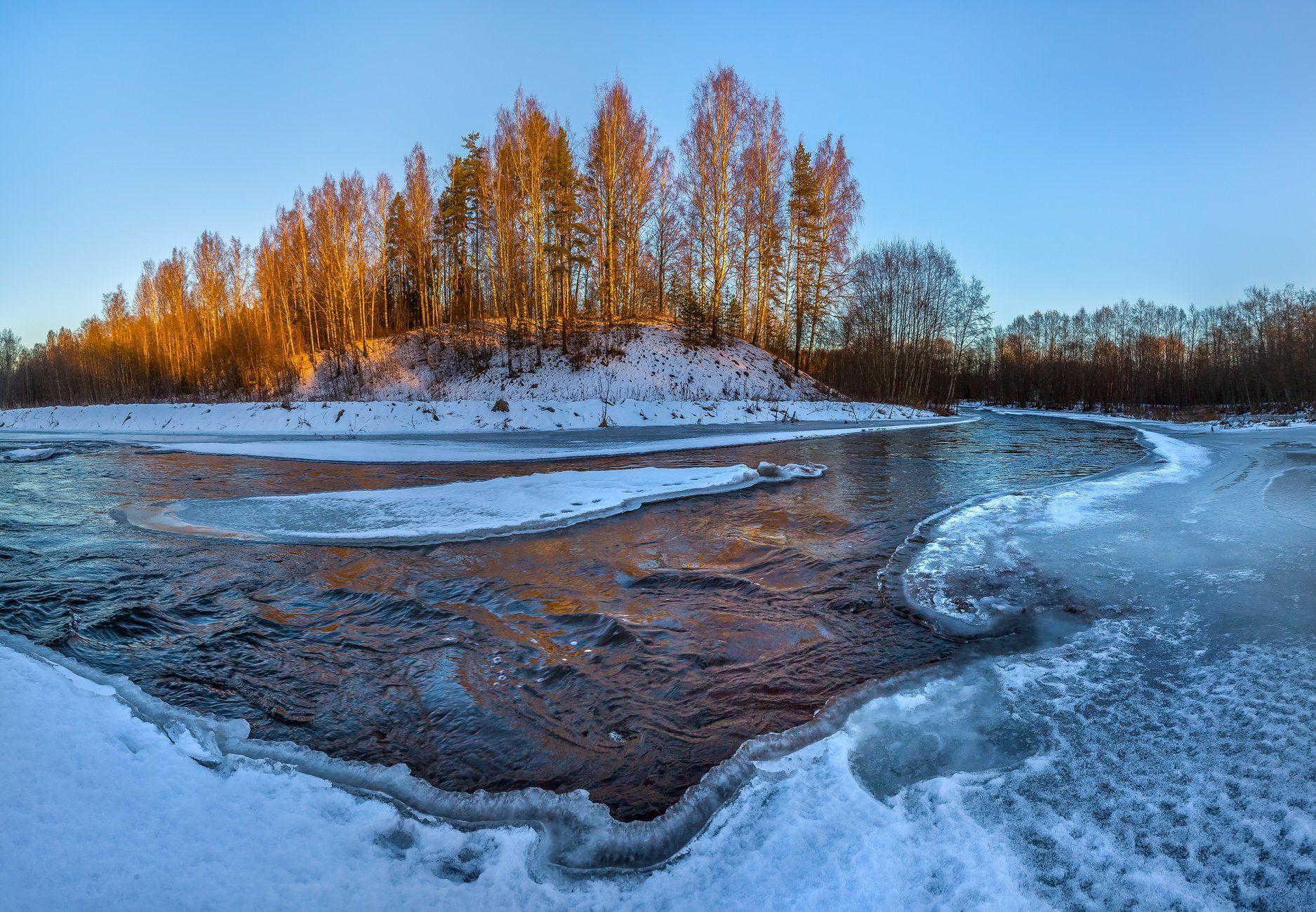 ленинградская область, зима, рассвет, лёд, река вруда, лес, берег, берёзы, вода, течение, Лашков Фёдор