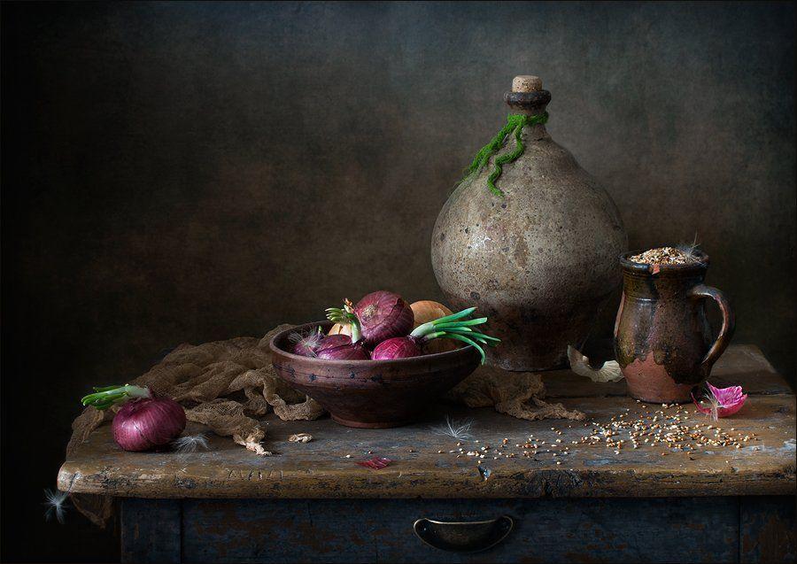 натюрморт, красный лук, сенегальское просо, Елена Романова