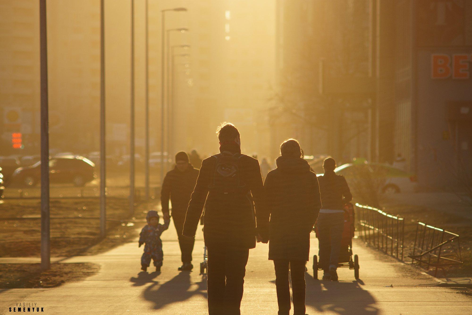 Улица, пара, стрит-фото, любовь, Весна, город, объёмный свет, жанр., Семенюк Василий